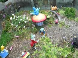 alice in wonderland garden fairyland in wonderland garden alice in wonderland garden statue set