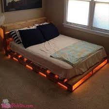 33 Cool DIY Recycled Pallet Bed Frame To Duplicate DIY Bedroom