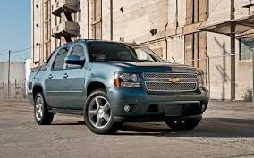 All Chevy chevy cars 2012 : 2012 Chevrolet Avalanche LTZ 4WD First Test - Truck Trend