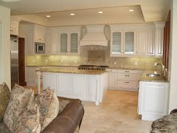 Dark Laminate Flooring In Kitchen Dark Brown Wooden Laminate Flooring Cream Tile Kitchen Backsplash