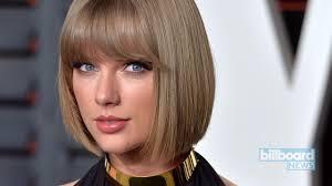 Taylor Swift: 13 Romantic Lyrics That Made a Guy Blush | Billboard
