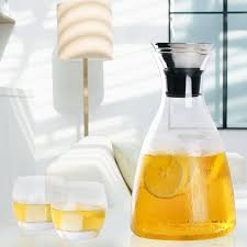 hiware 50 oz glass drip free carafe with stainless steel flip top lid hot and cold glass water pitcher tea coffee maker cafe iced tea beverage pitcher