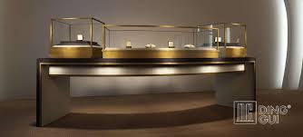 involved when choosing the case which you use to present your jewelry the atheistic aspect is critical as well the colors used in your display case