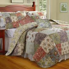 Bedroom: Terrific Target Quilts For Your Dream Bedroom Idea ... & Target Quilts | Bed Spread | California King Quilt Adamdwight.com
