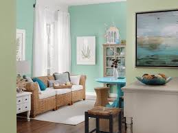 Mint Wall Infuses The Room With Freshness