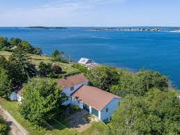 Spacious 4 Bedroom Bailey Island Home With Sunset Views Over