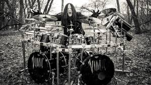 Jul 27, 2021 · the drummer helped form slipknot in his native iowa in 1995 with shawn crahan and paul gray, billboard reports. Former Slipknot Drummer Joey Jordison Discusses Transverse Myelitis