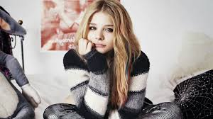 chloe moretz wallpapers low onvacations wallpaper image