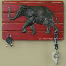 hand made wall mounted alabama roll tide elephant key holder wall hanging 22 00 on alabama elephant wall art with alabama crimson tide reclaimed wood wall art university of alabama