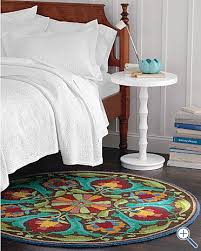 garnet hill round rug in bedroom