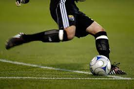การเตะฟุตบอล