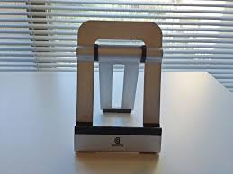griffin a fram ipad stand