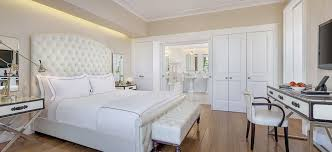 On Suite Bedroom Beverly Hills Accommodations Mr C Beverly Hills Rooms
