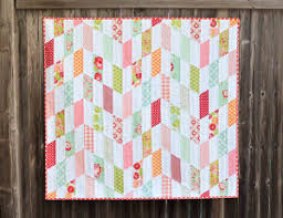 How to Make a Jelly Roll Quilt: 9 Jelly Roll Quilt Patterns ... & Striped Chevrons Baby Quilt Tutorial Adamdwight.com
