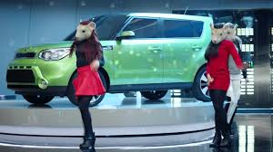 Kia Soul Commercial Song 2015 Kia Soul Ev Hamster Dance Featuring Animals By Maroon 5