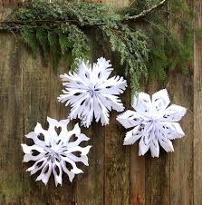How To Make A 3d Snowflake Giant 3d Paper Snowflake Decorations From Paper Bags A