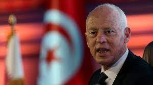 دعت لاستئناف عمل المؤسسات.. أحزاب وشخصيات تونسية ترفض قرارات الرئيس وتؤكد  أنها انقلاب على الدستور | تونس أخبار