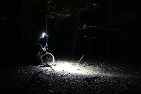 Bicycle Light Comparison Review Gloworm Xsv Bike Light Rocks Customizable Beam