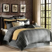 Image of: Amazing Masculine Bedding