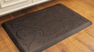 kitchen floor mats. Astonishing Kitchen Floor Mats Cushioned KITCHENTODAY