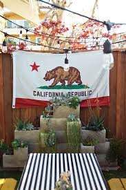 13 effortlessly cool california homes