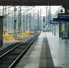 Sie wird zunächst eine urabstimmung durchführen. Db Streik Der Gdl Hat Begonnen Deutsche Bahn Sieht Stabilen Ersatzfahrplan Welt