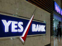 Reliance Capital Share Chart Yes Bank Yes Bank Sells 17 Lakh Shares Of Reliance Capital