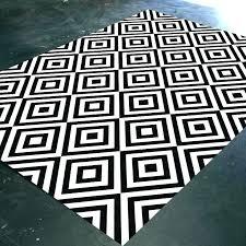 white geometric rug bath