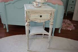 Shabby chic nightstand Chic Bedside Antique Shabby Chic White Nightstand Rlci Antique Shabby Chic White Nightstand Stopqatarnow Design Soft