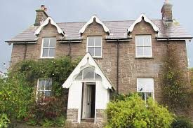 See more ideas about victorian homes, house, victorian. How To Spot The Difference Between Edwardian Victorian Houses