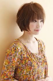 ショート ヘアスタイル髪型エアリーマッシュボブ Cutperm7670