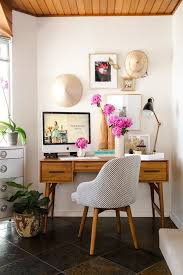 home design small home office. Holly Hipwell Of The Flower Drum Teamed Up With West Elm To Give Her Small Home Inside Stitch Vera Bradleys Design Associate Office. Office I