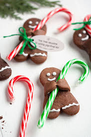 How To Decorate Candy Canes Holiday Recipe Chocolate Gingerbread Men with Candy Canes Gift 52