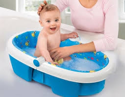 Best Baby Bathtubs – An Expert Buyer's Guide - Mommy Tea Room