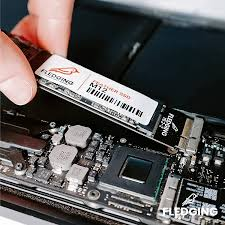 Buy Fledging 512GB Feather M12 SATA 3 SSD Upgrade – DIY kit & OS Included –  Compatible with Apple MacBook Air 2012 Online in Hungary. B07F31QW22