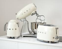 Retro Kitchen Appliance Http Wwwkitchenredesignideascom Category Toaster Smeg Small