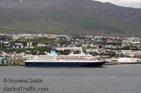 Ship photos by Rowena Smith | AIS Marine Traffic