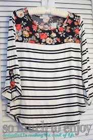Le Lis Sutherlin Contrast Print Knit Top Stitch Fix Review January ...