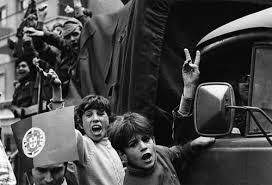 """Résultat de recherche d'images pour """"le 25 avril portugal"""""""