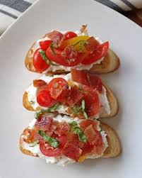 good looks and tasty bites everyday with uncured bacon bruschetta allnaturalbacon uncured