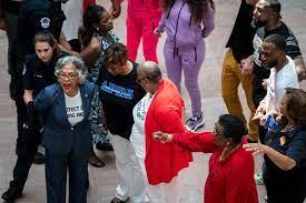 Capitol Police arrest Rep. Joyce Beatty ...