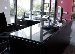 image of tempered glass table top chicago