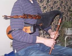 Our celtic instruments include celtic harps of various styles, such as kinnor harps, nevel harps, and traditional lap harps. Scottish Smallpipes Wikipedia
