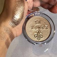 mm x larouge highlighter by makeup maniacs