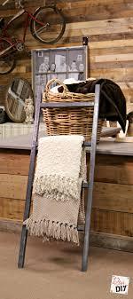 Diy Blanket Ladder Easy Storage Solution How To Make An Inexpensive Blanket Ladder