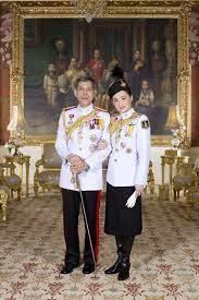 ร.10 พระราชทานพระบรมฉายาลักษณ์ที่ฉายคู่พระราชินี 8 พระรูปให้ดาวน์โหลด |  สยามรัฐ | ราชวงศ์, กษัตริย์, ประวัติศาสตร์