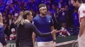 Marijana veljovic'in güzelliği tenisseverleri o kadar etkiledi ki, google'daki aramalar bile tavan yaştı. Baseline Watch Veljovic Speaks Out On Women Working As Umpires