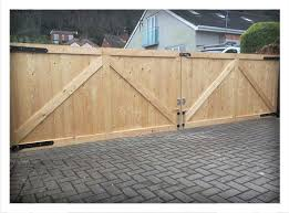 driveway gates at frodsham gates and fencing cheshire