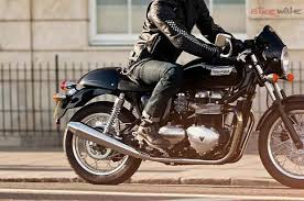 triumph thruxton price images colours mileage reviews bikewale