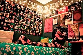 diy teen bedroom decor. Diy Teen Bedroom Wall Decor With Photo Collage And String Lights Also Poster